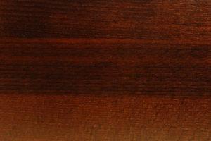 buk drewno lite lakierowane na orzech